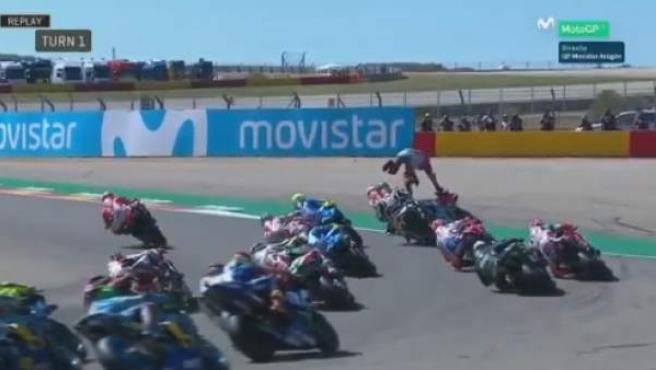 Caída de Lorenzo en el GP de Aragón.