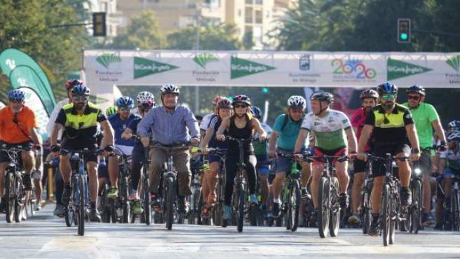 El alcalde de Málaga en el Día de la Bici 2018