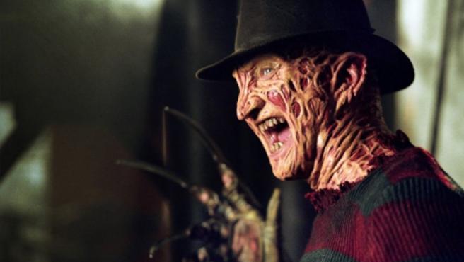 ¡Sorpresa! Robert Englund volverá a ser Freddy Krueger en televisión