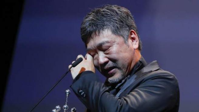 El director de cine japonés, Hirokazu Koreeda, tras recibir el Premio Donostia, en reconocimiento a su carrera.