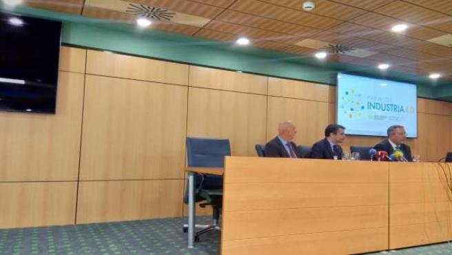 Rueda de prensa en Caja Rural