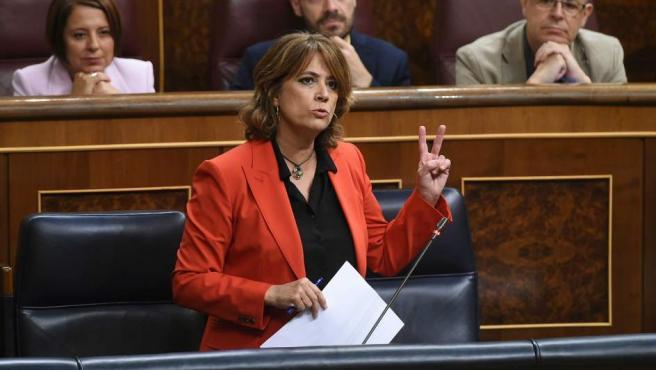 La ministra de Justicia, Dolores Delgado, durante su intervención en el pleno del Congreso de los Diputados.