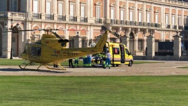 Helicóptero del Summa en Aranjuez atienden a los heridos por agresión machista.