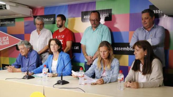 La cúpula de la Asamblea Nacional Catalana, en rueda de prensa.