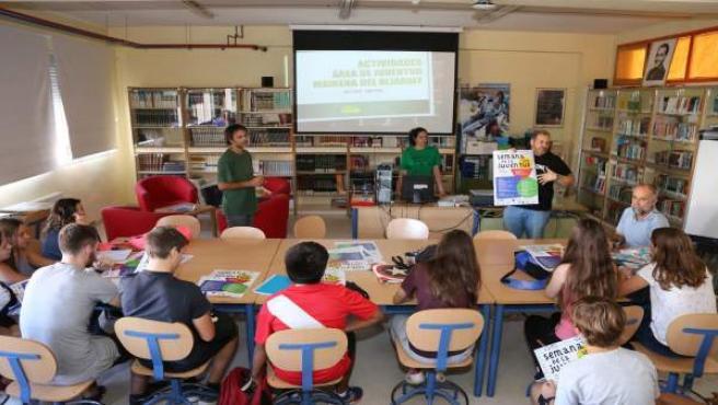 Mairena presenta su programación juvenil