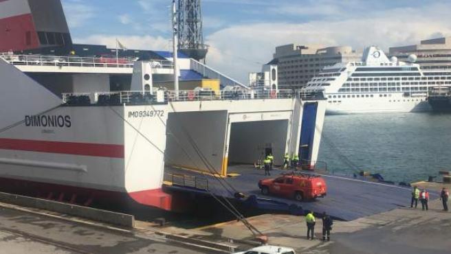 Barco trasmediterránea
