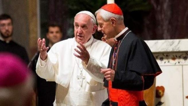El papa Francisco, junto al cardenal Donald Wuerl durante una misa celebrada el 23 de septiembre de 2015 en Washington, EE UU.