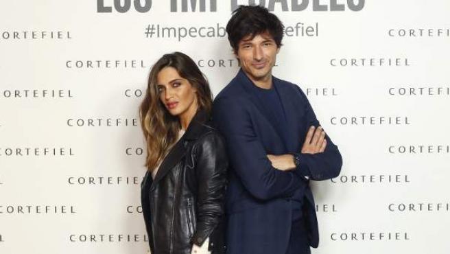 Sara Carbonero y Andrés Velencoso, protagonistas de la nueva campaña de Cortefiel.