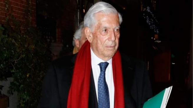 Imagen de archivo del escritor Mario Vargas Llosa.c