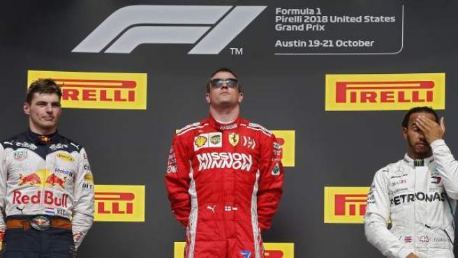 Kimi Räikkönen se impuso a Max Verstappen y a Lewis Hamilton en el GP de Estados Unidos, y retrasó el alirón del británico.