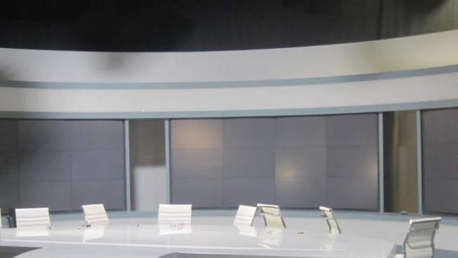 Imagen de uno de los estudios de Canal 9 vacío tras el cierre de RTVV.