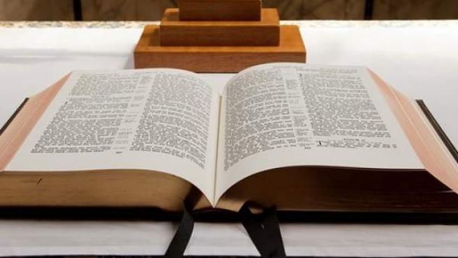 Imagen de archivo de una Biblia.