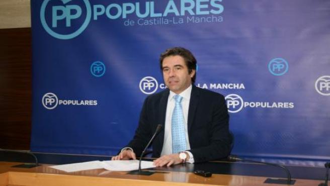 Gpp Clm (Cortes De Voz Y Fotografía) El Portavoz Adjunto, Lorenzo Robisco, En Ru