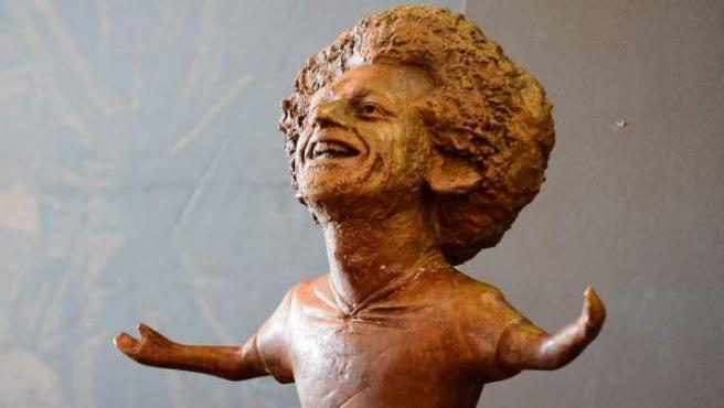 La estatua en honor a Mohamed Salah inaugurada en el Foro Mundial de la Juventud.