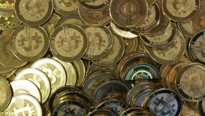 Monedas reales de Bitcoins.