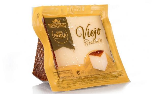 'Entrepinares Viejo Tostado', una de los tres quesos españoles elegidos entre los mejores del mundo, en los World Cheese Awards 2018.