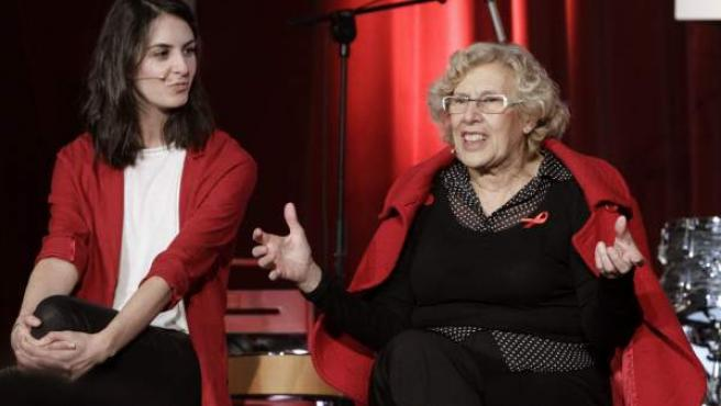 Manuela Carmena, con la portavoz del Gobierno municipal, Rita Maestre.