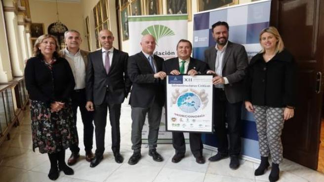 Presentación del Foro para la Paz y unas jornadas de seguridad y cooperación