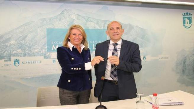Ángeles Muñoz Y Manuel Osorio Presentan Presupuestos De Marbella