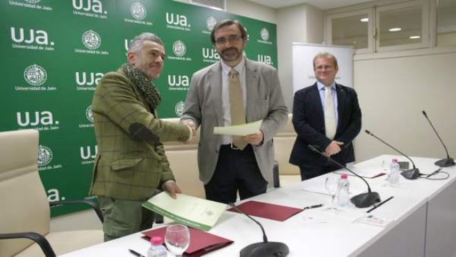 Firma del convenio para la creación de la Cátedra de Egiptología