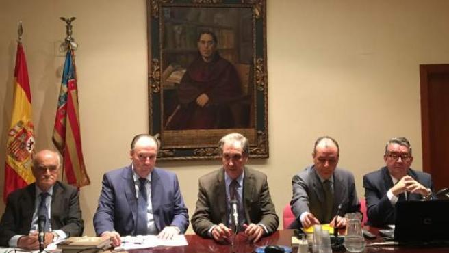 José Vicente Morata y Salvador Navarro en la mesa redonda de la RACV