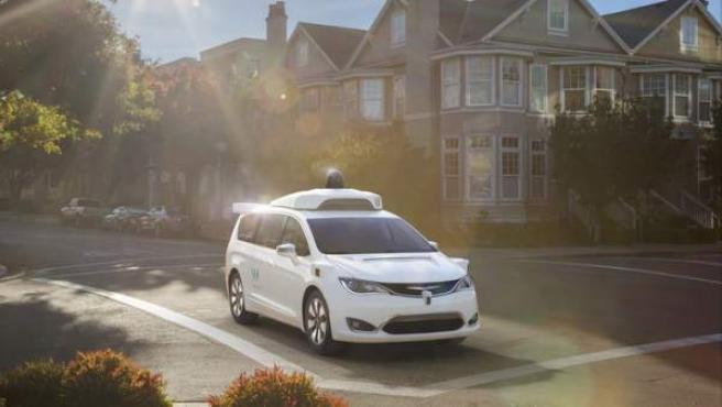 Avis gestionará los coches sin conductor de Google Waymo.
