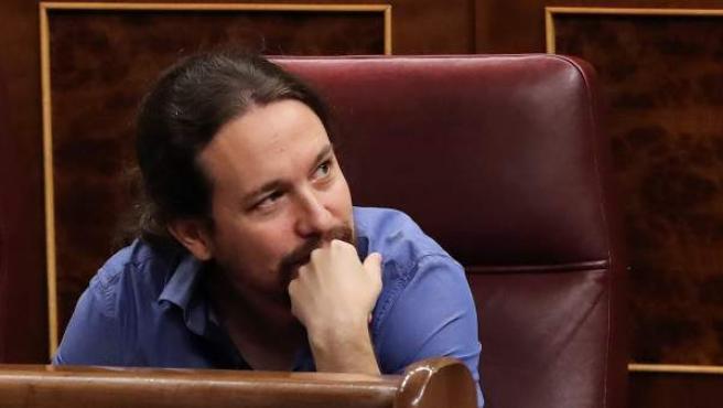 El líder de Podemos, Pablo Iglesias, durante la sesión de control al Ejecutivo que hoy tiene lugar en el Congreso.