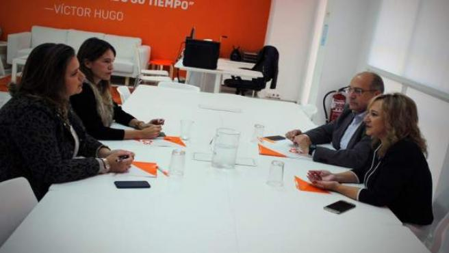 Reunión de Ana Llopis (Cs) con la Asociación de Mujeres Empresarias de Sevilla
