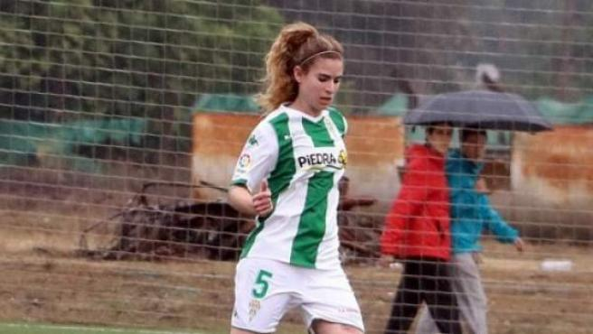 Ana Sáenz de Pipaón, jugadora del Córdoba CF femenino.