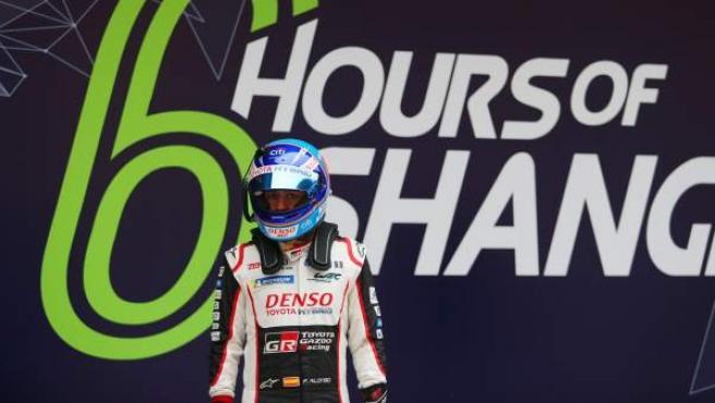 Fernando Alonso, durante los preparativos para las 6 horas de Shanghái.