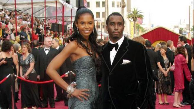 El rapero Puff Diddy y su novia Kim Porter.