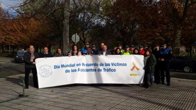 Concentración en Pamplona en recuerdo a las víctimas en accidentes de tráfico