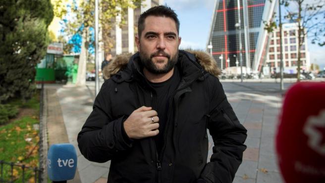 Dani Mateo, a su llegada a los juzgados de Plaza Castilla, tras negarse a declarar ante el juez.
