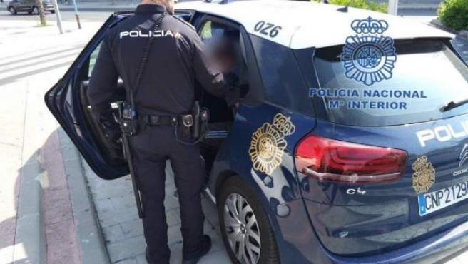 Un cotxe patrulla de la Policia Nacional