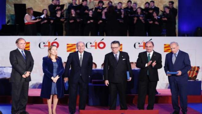 Aragón rinde homenaje a la Constitución