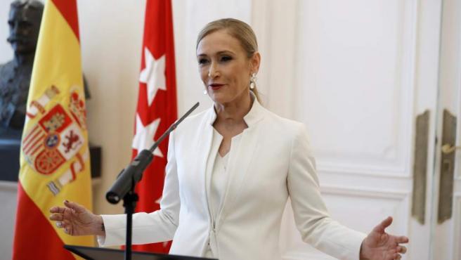 Cristina Cifuentes, durante la rueda de prensa de su dimisión como presidenta de la Comunidad de Madrid.