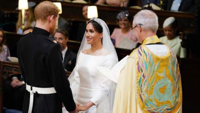 Mirada de amor de Meghan Markle al príncipe Harry en su boda.