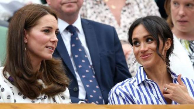 Kate Middleton y Meghan Markle, en el pasado torneo de Wimbledon.
