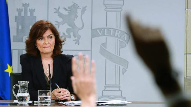 Rueda de prensa de Carmen Calvo tras Consejo de Ministros.