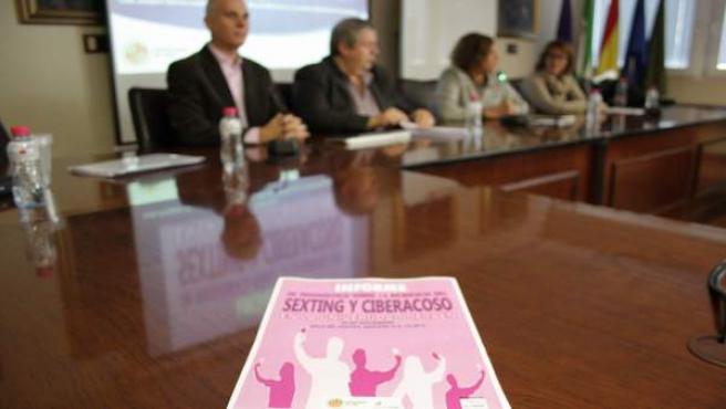 Presentación del informe sobre ciberacoso y sexting.