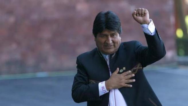El presidente de Bolivia, Evo Morales, antes de asistir un encuentro de mandatarios con el nuevo presidente de México, Andrés Manuel López Obrador, en Ciudad de México.