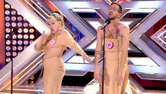 Interpretación 'Cómeme el Donut' en Factor X.