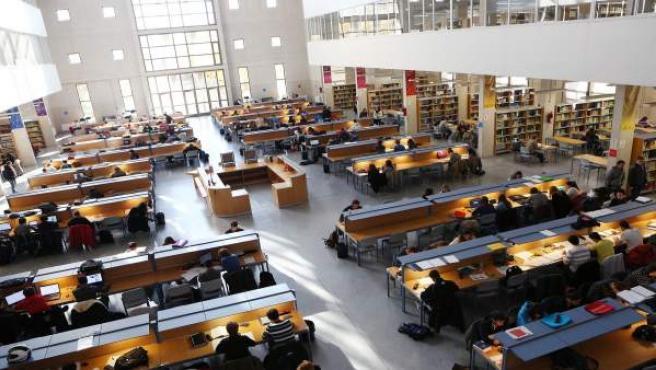 Biblioteca de la UPNA en Pamplona