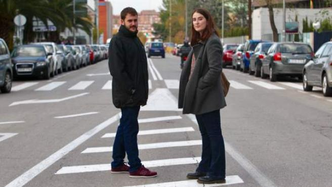 Cristina García y Adrià Junyent, estudiantes del máster en Estudios Avanzados de Comunicación Política.