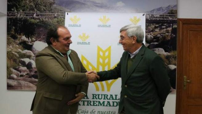 Firma del acuerdo Caja Rural de Extremadura-Corderex