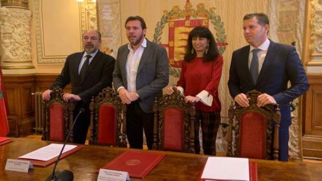Presentación del acuerdo para el Máster de Valladolid de pádel. 12-12-18