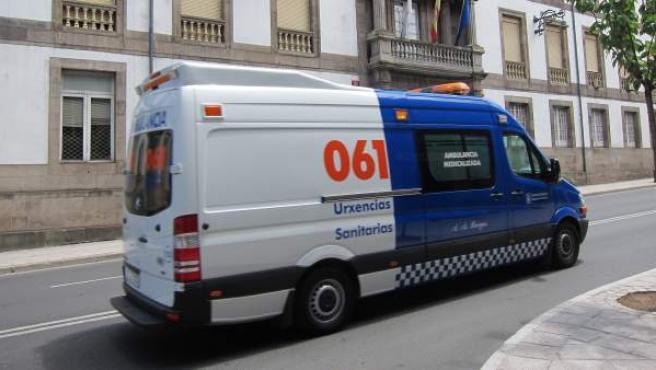 Imagen de archivo de una ambulancia del 061 Galicia