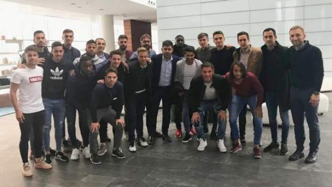 David Aganzo, presidente de AFE, junto a jugadores del Reus.