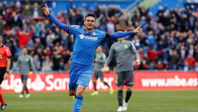 Jorge Molina celebra su gol en el Getafe-Real Sociedad.
