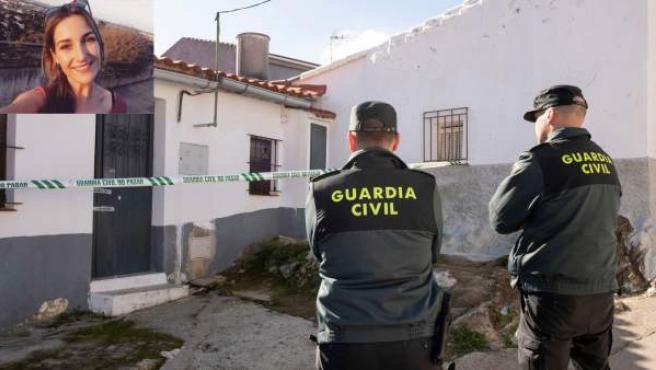 Efectivos de la Guardia Civil custodian la vivienda de la joven zamorana desaparecida en El Campillo, Laura Luelmo.